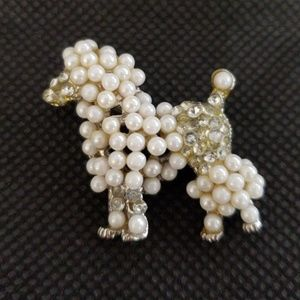 Vintage Poodle with Faux Pearl Brooch